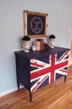 Union Jack 3 Ways - Shades of Blue Interiors