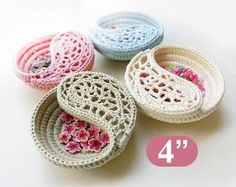 "Jewelry dish crochet pattern, mothers day gift for her, Crochet patterns 6"" Yin Yang jewelry dish, photo tutorial. por goolgool"
