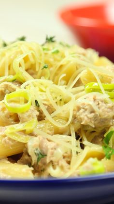 No podrás creer lo bien que queda el atún en la pasta. Spaghetti Recipes, Pasta Recipes, Soup Recipes, Chicken Recipes, Cooking Recipes, Healthy Dinner Recipes, Mexican Food Recipes, Breakfast Recipes, Tasty Videos