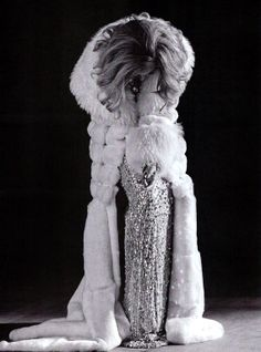 Beyonce channelling Marlene Dietrich