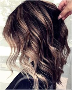 17 Stunning Examples of Balayage Dark Hair Color - Style My Hairs Hair Color And Cut, Haircut And Color, Brown Hair Colors, Hair Colors For Winter, Cute Hair Colors, Brown Blonde Hair, Brunette Hair, Dark Hair, Balayage Hair Brunette Medium