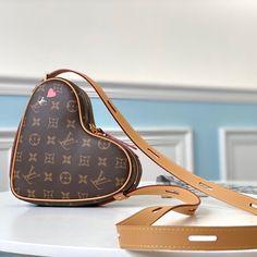 Dior Handbags, Louis Vuitton Handbags, Dior Bags, Best Designer Bags, Designer Belts, Designer Handbags, Chanel Purse, Chanel Bags, Gucci Bags