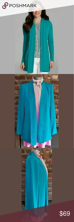 "💼 CALVIN KLEIN office cardigan blazer aqua jacket Size: XS (may fit a Small as well) 96% Polyester  4% Spandex Darker aqua (It's the color of the one in the stock photo. I couldn't quite get the color right with my camera of the actual product.) open front Perfect career blazer. Classy & classic.  Approx Measurements: Length (nape of neck to bottom): 28.5"" Sleeve Length: 24"" Bust (underarm to underarm): 18"" Waist (laying flat accross the front): 17.25"" Shoulder to Shoulder: 15.25"" Calvin…"