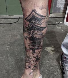 Japanese Tattoo Symbols, Japanese Tattoo Designs, Japanese Sleeve Tattoos, Japanese Legs, Temple Tattoo, Samurai Artwork, Japan Tattoo, Samurai Tattoo, Custom Tattoo