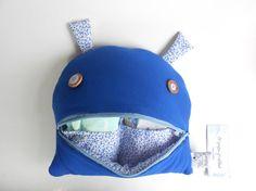 Diaper Bag monster zipper  Zé Nappie-glutton: funny by Zezling