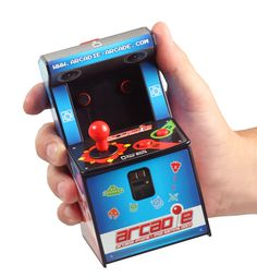 Worlds smallest Arcadegame? Now for your iPhone!