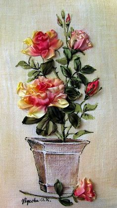 SRE and painting Ribbon Embroidery Tutorial, Silk Ribbon Embroidery, Embroidery Applique, Embroidery Stitches, Embroidery Designs, Ribbon Art, Diy Ribbon, Ribbon Crafts, Ribbon Flower