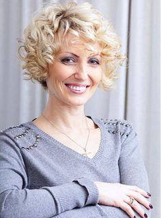Short Curly Hairstyles For Women Over 50 | Curly hairstyles
