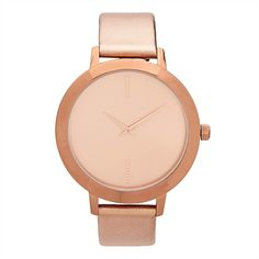 Featuring a moulded leather strap and a complementary dial, this clean and elegant watch will no doubt become your newest everyday style companion. Elegant Watches, Unique Bags, Michael Kors Watch, Gold Watch, Everyday Fashion, Leather, Gifts, Accessories, Shoes