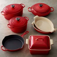 Le Creuset Cast Iron & Stoneware 11-Piece Cookware Set #williamssonoma #LGLimitlessDesign #Contest