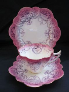 Wileman Foley Shelley China Snowdrop Shape Trio Pink Lavender Cameo