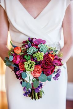 Bright colorful bouquet — perfect for a glamorous wedding