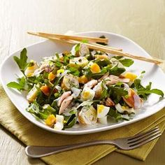 Smoked Trout, Potato & Arugula Salad: In this healthy dinner salad recipe, tender new potatoes and baby arugula add a creamy texture and peppery flavor to the smokiness of the trout. Arugula Salad Recipes, Salad Recipes For Dinner, Dinner Salads, Healthy Cooking, Healthy Eating, Healthy Recipes, Healthy Food, What's Cooking, Healthy Salads
