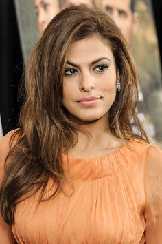 eva-mendes-the-place-beyond.gif (333×500)