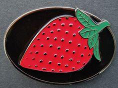 STRAWBERRY SHORTCAKE FRUIT COOK KITCHEN RED BELT BUCKLE BOUCLE DE CEINTURE #fruit #strawberry #berry #beltbuckle