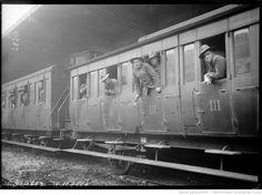 4/7/17, à Paris [troupes américaines dans un wagon de chemin de fer le jour de l'Independence Day] : [photographie de presse] / [Agence Rol]