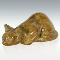 Perfect Memorials Sandy Cat Brass Cremation Urn * See this great product. (This is an affiliate link and I receive a commission for the sales) Memorial Stones, Cat Memorial, Pet Urns, Cremation Urns, Cat Breeds, I Love Cats, Pet Supplies, Your Pet, Lion Sculpture