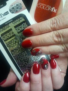 Color FX and design FX on virtual nails from Dashing Diva ...