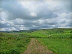 Preparing for the Pennine Way: A Wild Camp on Dartmoor http://wildernesstraveller.com/preparing-pennine-way-wild-camp-dartmoor/
