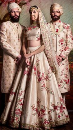 Check out Sabyasachi Bridal Lehenga designs collection that are perfect wedding lehenga for the bride to be. Look gorgeous in these elegantly crafted Sabyasachi Bridal lehengas. Indian Bridal Outfits, Indian Bridal Wear, Indian Dresses, Pakistani Dresses, Indian Wear, Lehenga Designs, Sabyasachi Lehenga Bridal, Lehenga Choli, Sabyasachi Suits