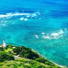 【keinoshin15】さんのInstagramをピンしています。 《The last day of 2016. Happy Holidays👋✨ ・ #newyearseve #lastdayof2016 #lastday #trip #travel #tour #hawaii #ocean #sea #blue #beautiful #diamondhead #lighthouse #summer #nature #perfectday #happyholidays #大晦日 #最終日 #2016 #2016年 #ハワイ #旅行 #海 #灯台 #ダイヤモンドヘッド #観光 #山登り #きれい #🌊》