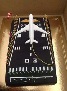Airbus A340 Cake