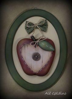 Alê Galdino Arte : Quadrinho maçã de biscuit