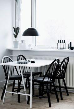 Simple Black and White Apartment | design attractor | Bloglovin'