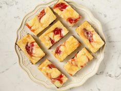 Get strawberry cheesecake brownies recipe from food network pioneer woman cheesecake, brownies pioneer woman, Pioneer Woman Cheesecake, Brownies Pioneer Woman, Brownie Recipes, Cheesecake Recipes, Dessert Recipes, Picnic Recipes, Bar Recipes, Donut Recipes, Pudding Recipes