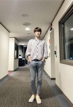 Jaehyun Nct, Outfits Hombre, Boy Outfits, Taeyong, Korean Fashion Men, Mens Fashion, Valentines For Boys, Jung Jaehyun, Boyfriend Material