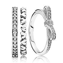 Try matching your rings with a bow #PANDORAring WOMEN'S JEWELRY http://amzn.to/2ljp5IH