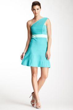 #anna7891 #One Shoulder Dress #shoulderfashion  http://pinterest.com/anna7891  www.2dayslook.com