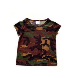 Camo basic tee Camo Baby Stuff, Baby Boy Camo, Newborn Fashion, Toddler Fashion, Camo Fashion, Kids Fashion, Basic Outfits, Kids Outfits, Cute Camo Outfits