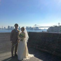 結婚式場タブロイドにて,寅さんのカジュアル新郎衣装を着て