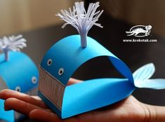 Not in English, but good pics. DIY Whale. Crafts for kids
