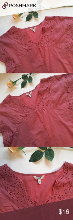 Mauve lace detail top Mauve v neck top with lace and eyelet detailing. This top is in great condition! Only been worn once! Feel free to ask questions or make an offer! Sonoma Tops Blouses