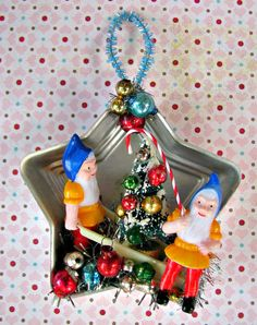 Vintage Silly Gnomes in Star Mold Ornament OOAK