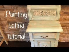 How to distress paint patina furniture with chalk paint and dark wax Painting Antique Furniture, Painted Furniture, Furniture Design, Faux Painting, Distressed Painting, Distressed Furniture, Shabby Chic Furniture, Turquoise Table, Patina Paint