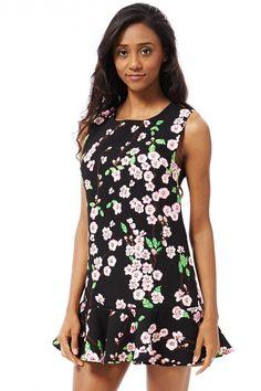 786a03f5b9244 10 best Dresses images   Dress fashion, Fashion women, Female fashion