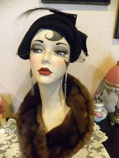 Art Deco Mannequin Head Hat Jewelry Display