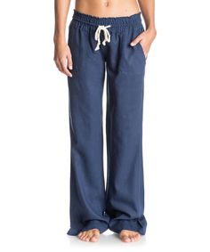 These pants feature a breezy wide-leg cut and a smocked waistband with a rope drawcord for beach-ready style. The linen-blend fabric offers cool, breathable comfort for all your seaside adventures.33'' inseamBack pocketsWoven55% linen / 45% viscoseDry cleanImported