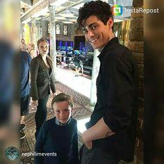 Alec and Max, awwww!! xx