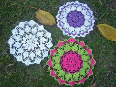 Joanne Archambault shared a video Crochet Doilies, Diy Tutorial, Crochet Earrings, Blanket, Outdoor Decor, Projects, Ideas Para, Youtube, Knitting