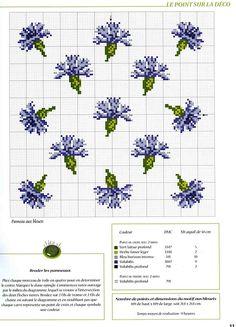 cross stitch De fil en aiguille No. 18 blue flowers with colour key