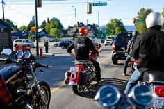 The joys of riding in a group.  Motorcycle Ride Vancouver - Vancouver Photographer Brett Beadle