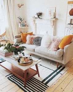 Nice 47 Neat and Cozy Living Room Ideas for Small Apartment rengusuk.com/...