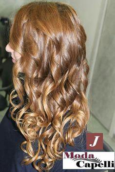 Biondo caldo nocciola #modacapellirosa #potenza #cdj #degradejoelle #tagliopuntearia #degradé #welovecdj #igers #naturalshades #hair #hairstyle #haircolour #haircut #fashion #longhair #style #hairfashion