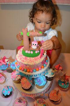 Birthday girl; cake & Cake topper