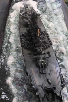 Not every ship has to be life sized to be amazing. Not every ship has to be life sized to be amazing. Scale Model Ships, Scale Models, Yamato Battleship, Cruisers, Model Warships, Soviet Navy, Imperial Japanese Navy, Model Hobbies, Military Modelling