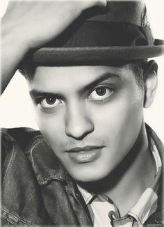 Bruno Mars - See you in 3 weeks...Las Vegas BOUND with Trina #8.3.2013